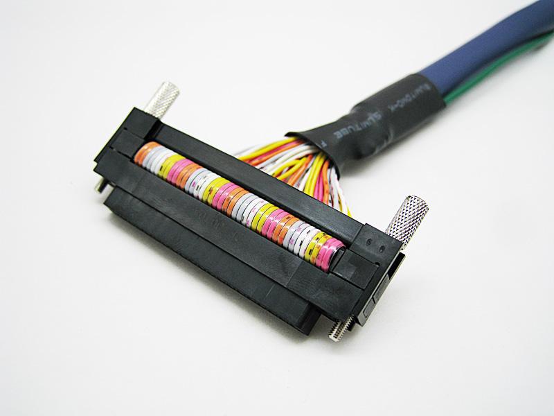 薄型圧接コネクタタイプ